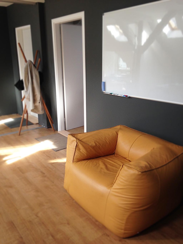 SKYFORM office in the sun